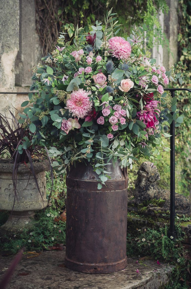 Botanical Vintage Northcourt Manor styled bridal photoshoot 2018. A photograph of a selection of beautiful flowers used for our styled wedding shoot.