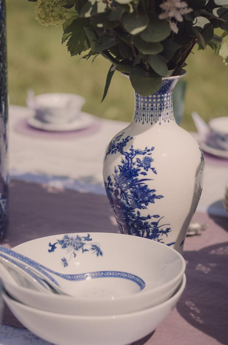 Oriental themed china vases and bowls