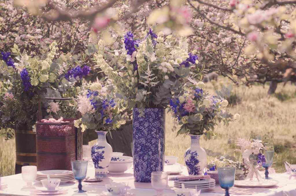 A table adorned with oriental themed tableware