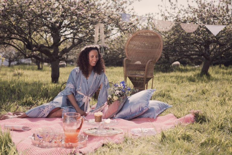 Picnic time at the apple orchard